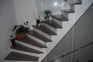 Zakaj se odločiti za lesene stopnice