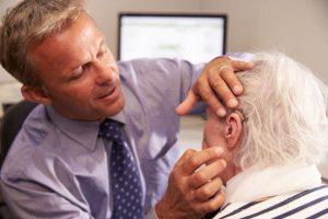 kako odpraviti šumenje v ušesih